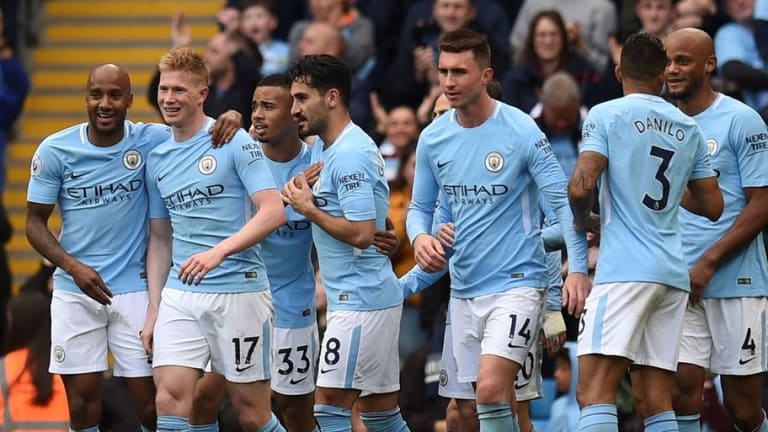 REVEALED: Premier League Fans Vote for the Greatest Premier League Side of All Time in 90min Poll