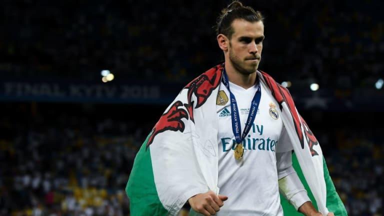 Gareth Bale Willing to Take Pay Cut to Ensure Spurs Return as Man Utd Stall on Big Money Signing