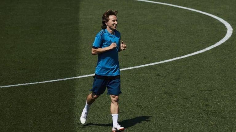 MAGIA   El golazo de Modric en el entrenamiento tras una asistencia de Zidane