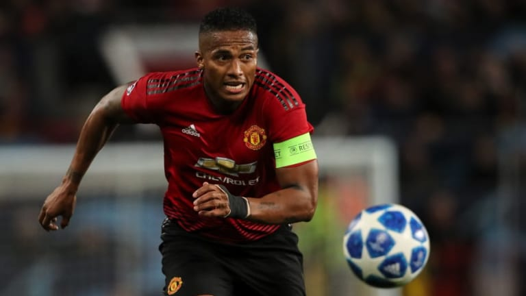 Man Utd Captain Antonio Valencia Reveals Why He's Been Benched & Opens Up on Jose Mourinho