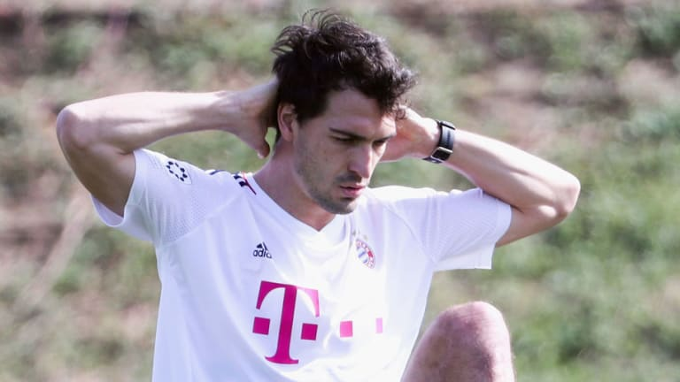 Mats Hummels Offers Troll Some Brilliant Advice After Admitting He Hasn't Seen Franco Baresi Play