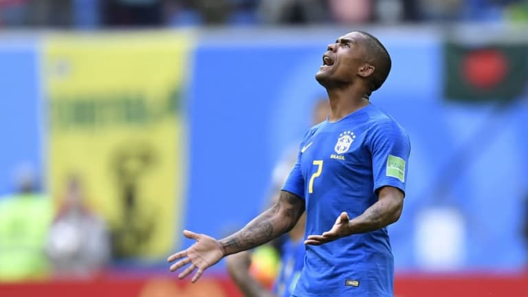 Injured Brazil World Cup Star Douglas Costa Could Be out for 3 Weeks, According to Shocking Report