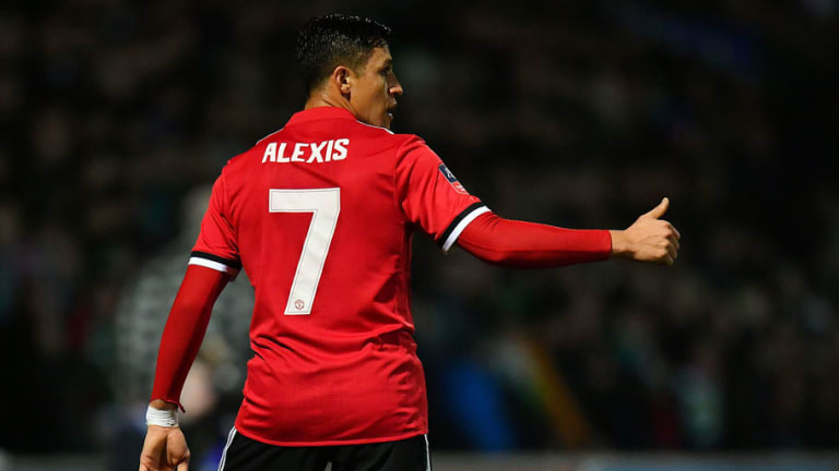 Manchester United Retain Acclaimed Status as the Most Popular Club Online in China