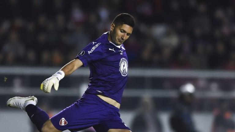 """Los mejores memes tras el 3-0 de Independiente con el """"hat-trick"""" de su arquero Campaña"""