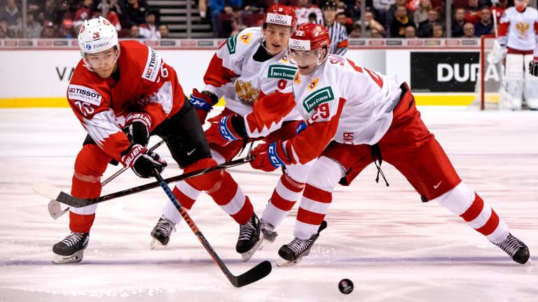 Russia Beats Switzerland 7-4 in World Junior Hockey