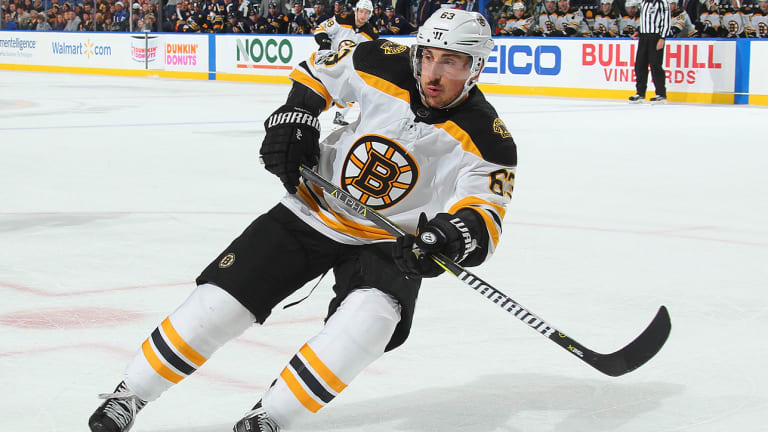 Bruins' Brad Marchand Out With Upper-Body Injury Against Blackhawks