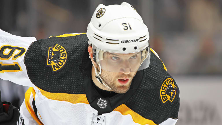 Agent: Winger Rick Nash Undecided About Playing Next Season