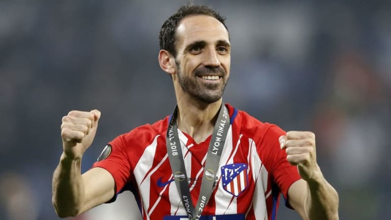 Atletico Madrid Veteran Juanfran Signs New 12-Month Contract to Extend His Stay to 2019