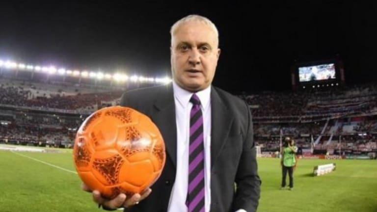 """Norberto Alonso le pegó un """"palito"""" a Tévez y a los hinchas de Boca"""