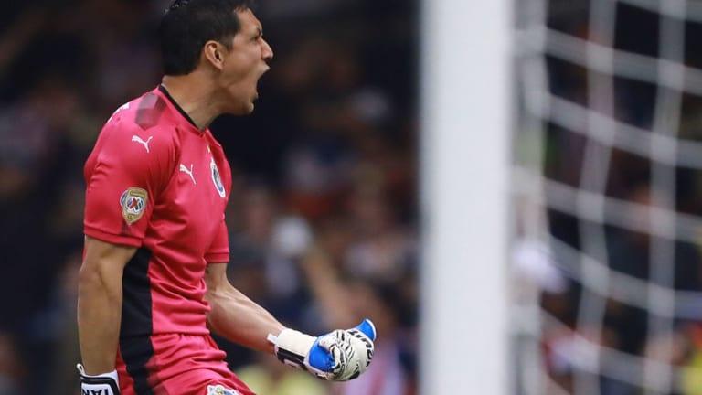 MERCADO | Cota está cada vez más cerca de abandonar Chivas por otro equipo de la Liga MX