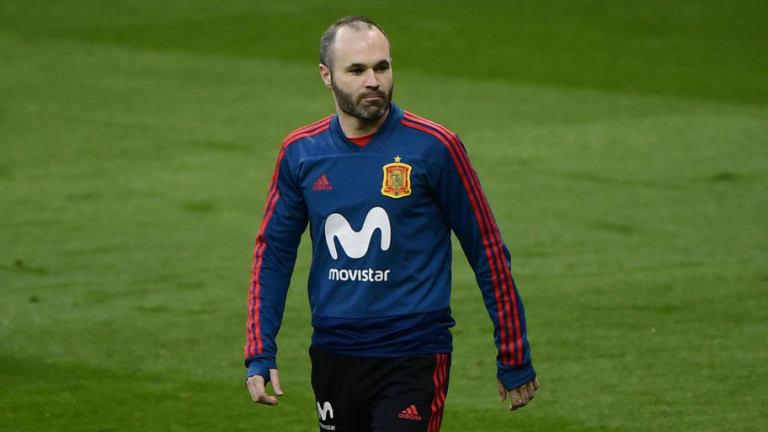 Se revela otra tentadora oferta aparte de la MLS para que Iniesta abandone al Barcelona