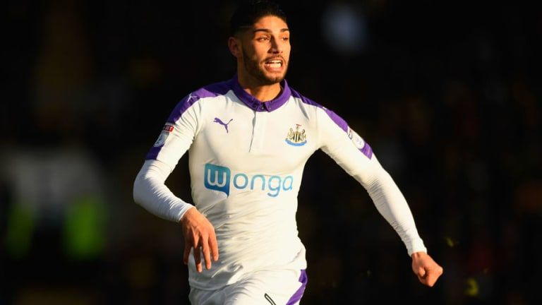 Newcastle Boss Rafa Benitez Failed in Attempt to Rescue Winger From Loan Nightmare
