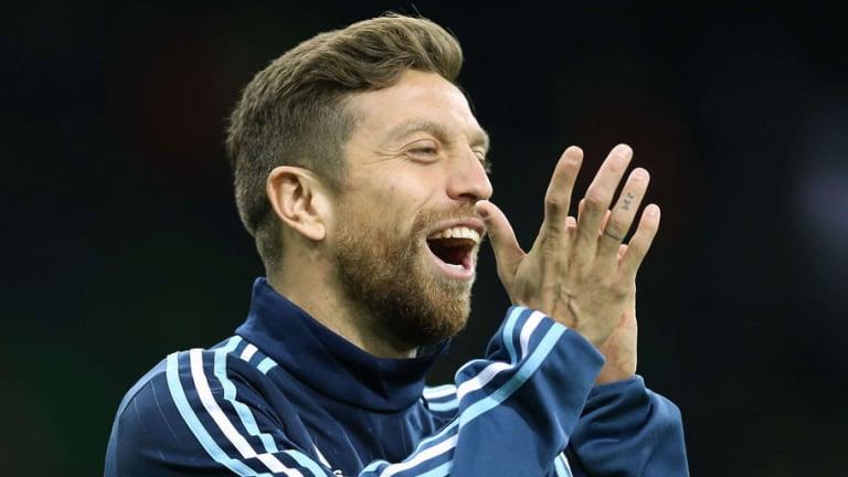 GENIAL | El hijo del Papu Gómez imitó los festejos de CR7, Messi, Dybala y no faltó el Papu Dance