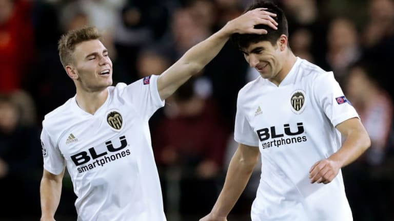 Valencia 2-1 Manchester United: Report, Ratings & Reaction as Dire United Miss Chance to Top Group