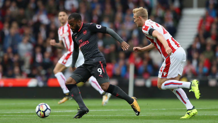 Arsenal vs Stoke City Preview: Classic Encounter, Key Battle, Team News & More