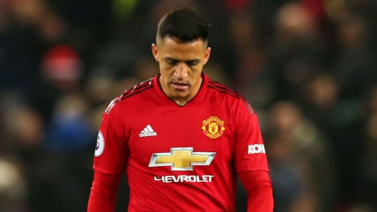 Alexis Sanchez Ruled Out Until January After Suffering Hamstring Injury in Training
