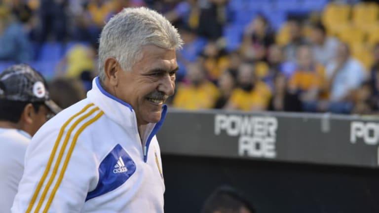 ¿POLÉMICO?   El equipo al que el 'Tuca' Ferretti apoya en la final de la Copa MX