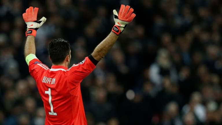 Gigi Buffon's Agent Rubbishes Rumours of a Final Swansong at Genoa Confirming He'll Retire at Juve