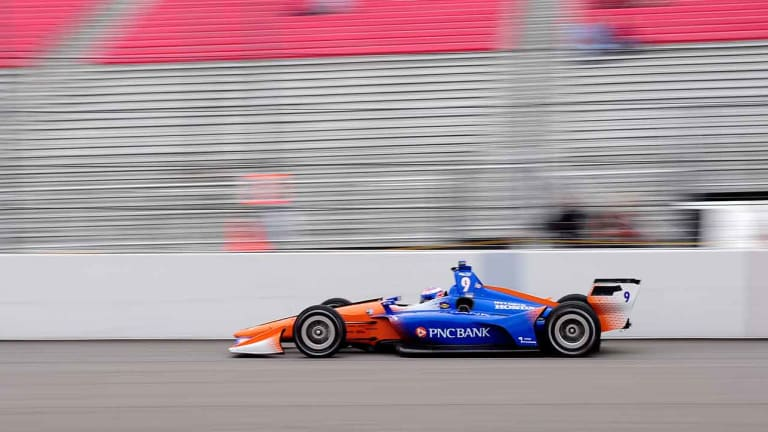 Scott Dixon Still Leads as IndyCar Championship Chase Tightens Up