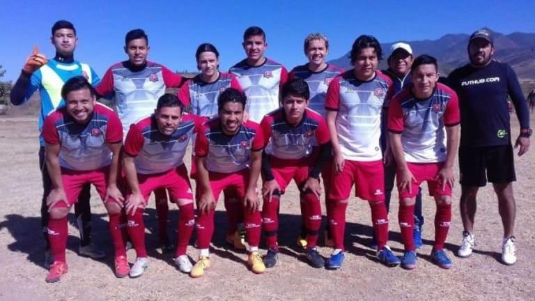 CRACKS | Ex jugadores de la Liga MX apoyaron a equipo amateur en su debut liguero
