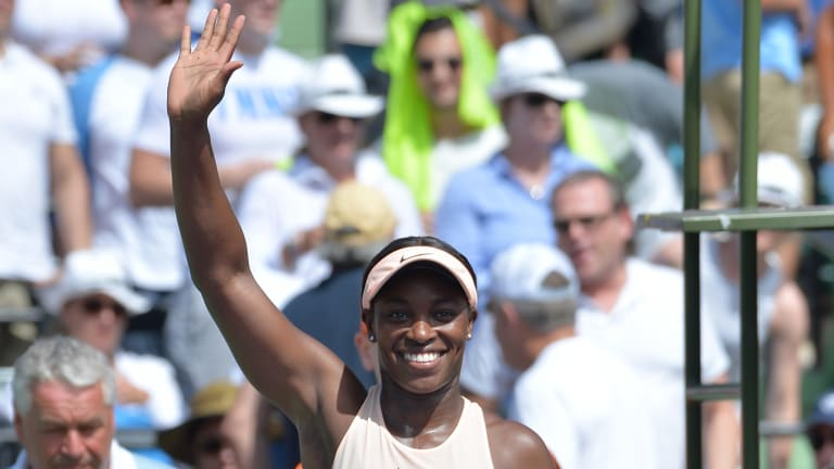Sloane Stephens Rallies Past Victoria Azarenka for a Spot in Miami Open Final