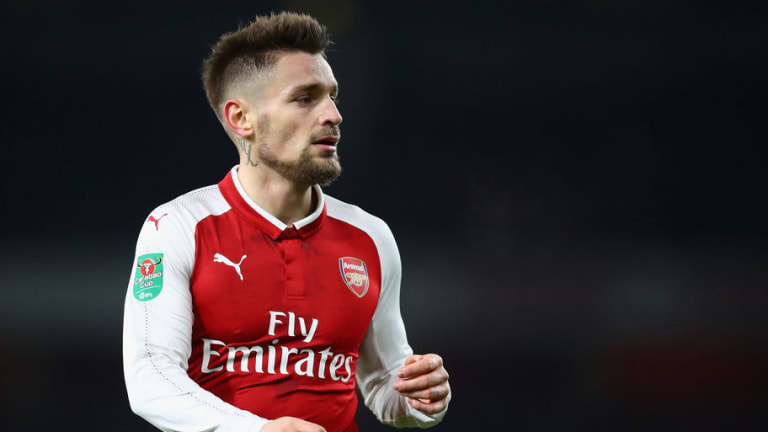 Out-of-Favour Arsenal Fullback Mathieu Debuchy Nears Move to St Etienne