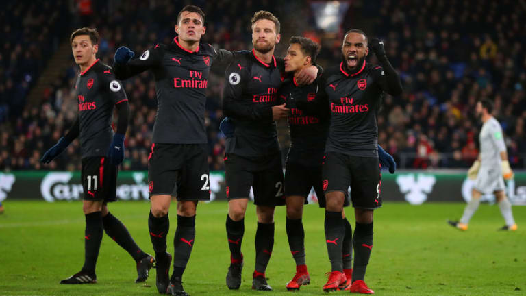 Hector Bellerin Reveals Why Some Arsenal Players Didn't Celebrate Alexis Sanchez Goal Against Palace