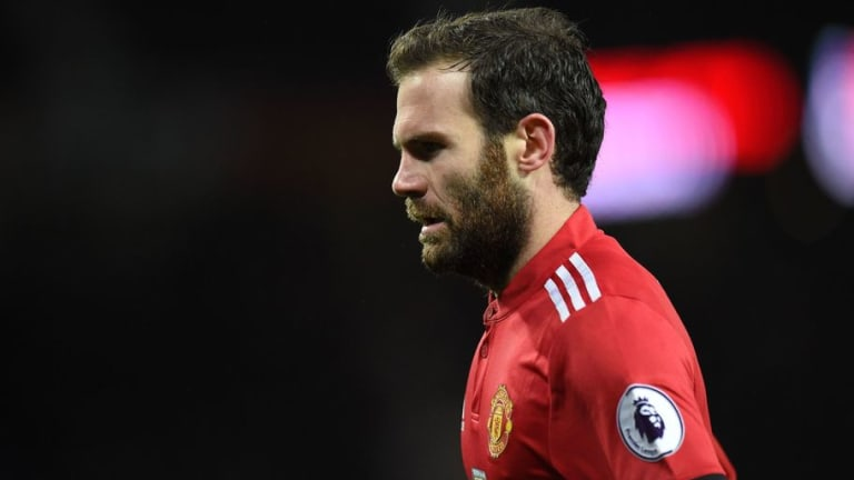 Juan Mata Commemorates the Flowers of Manchester on the 60th Anniversary of the Munich Air Disaster
