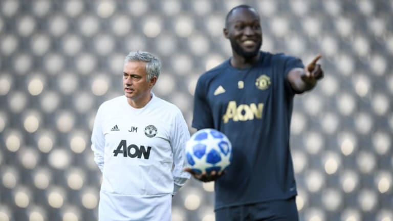 Jose Mourinho Claims Lack of Options Means He'll Stick With Romelu Lukaku Against Everton