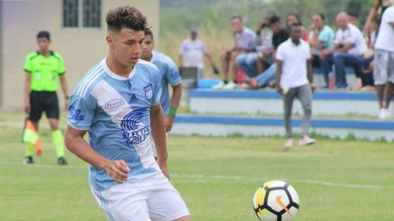 Byron Palacios firmó contrato con Club Sport Emelec hasta el 2023