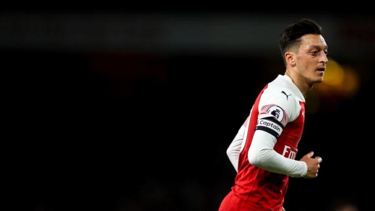 Ian Wright Unai Emery's Sporadic Use of Star Man Mesut Ozil Is 'Good for the Club'