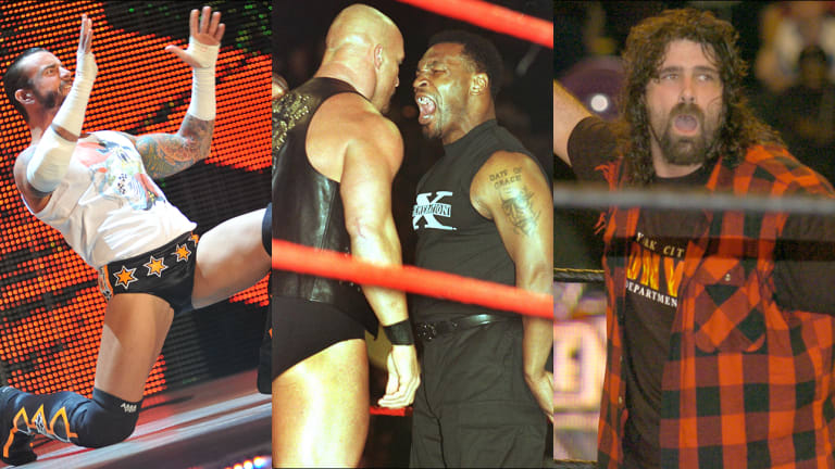 """The 20 Most Legendary """"Monday Night Raw"""" Moments"""