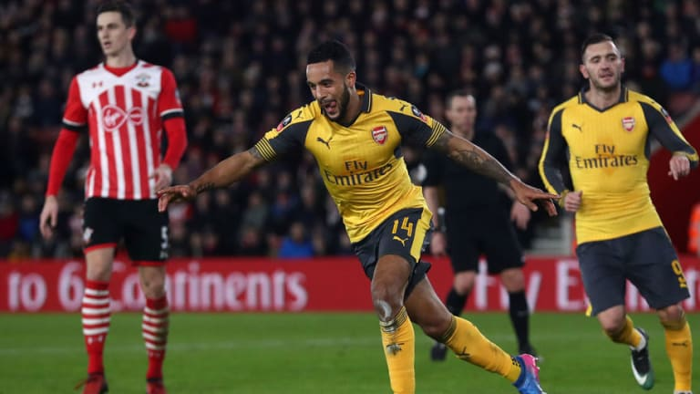 Saints Boss Mauricio Pellegrino Hints of Possible Deal for Arsenal Star Theo Walcott