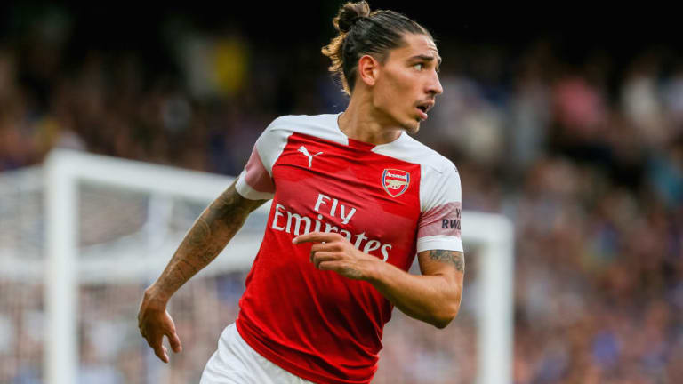'Those Days': Arsenal Fans Take to Twitter to Reflect on Hector Bellerin's Debut 5 Years to the Day