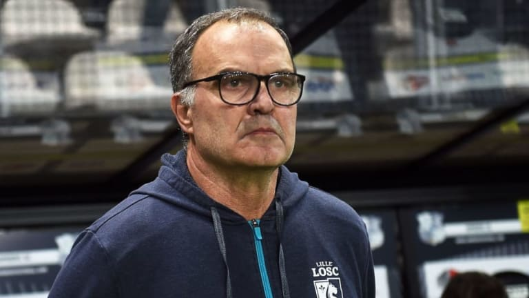 'We Can Do Better Than Him': Leeds Fans React to First Potential Signing of the Marcelo Bielsa Era