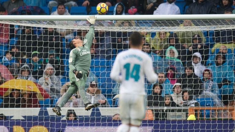 Real Madrid's Keylor Navas Does 'Not Want to go to Liverpool' According to Spanish Outlet