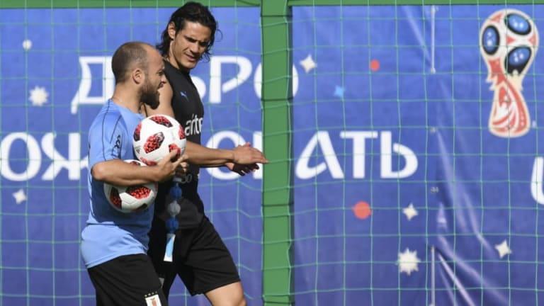 ¿MILAGRO? | Cavani se entrenó con pelota a un día del partido con Francia
