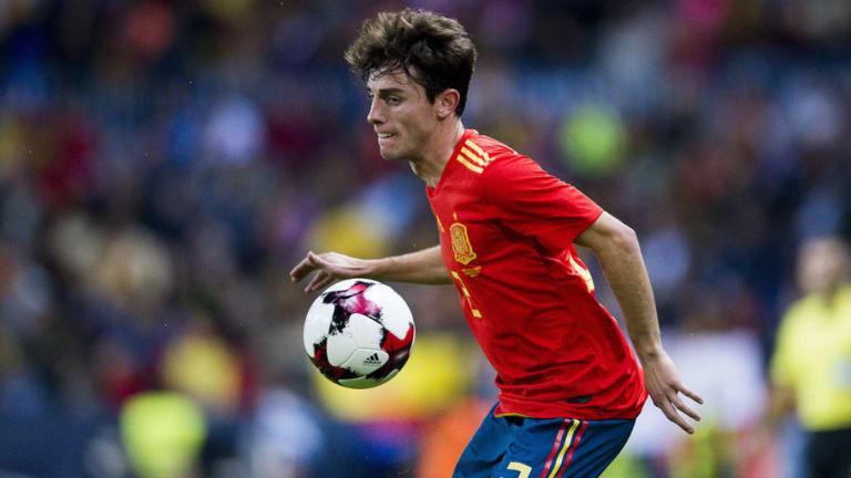 Man Utd Scout Spain International Defender Amid Interest From Real Madrid & Barcelona