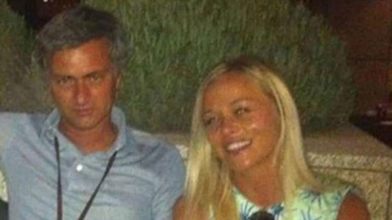 José Mourinho podría estar en serios problemas por una supuesta infidelidad