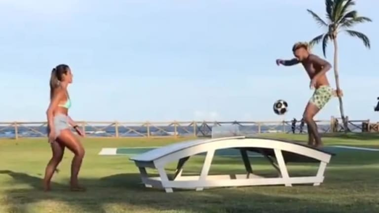 La campeona de futvóley brasileña que venció a Neymar al Teqball