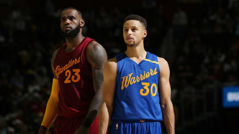 Christmas Hot Clicks: Nike Should Revive the NBA's Special Christmas Uniforms