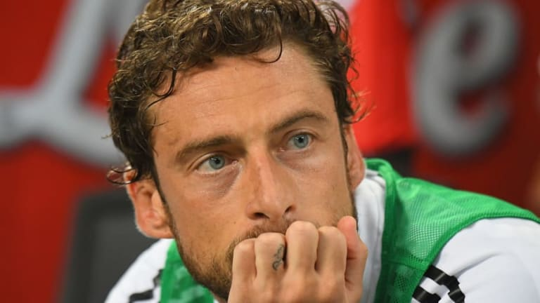 Juventus Legend Claudio Marchisio Shoots Down Exit Rumours and is Hopeful of Staying With the Club
