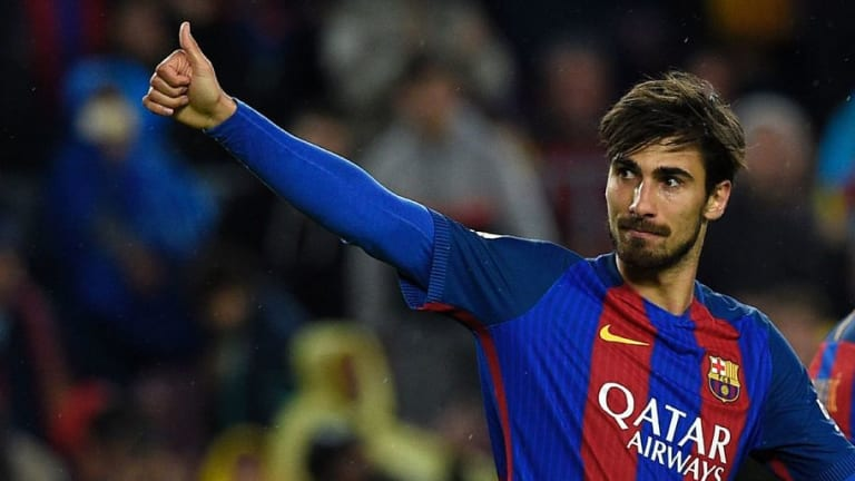 Tottenham Fans React on Twitter to the Clubs Links With Andre Gomes