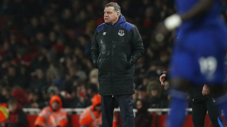 Everton Boss Sam Allardyce Labels His Side as 'Pathetic' Following Arsenal Humiliation