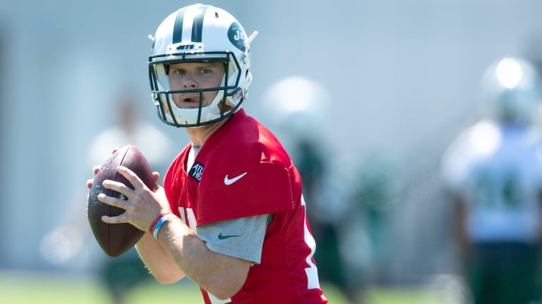 Sam Darnold Arrives, and the Avalanche Awaits