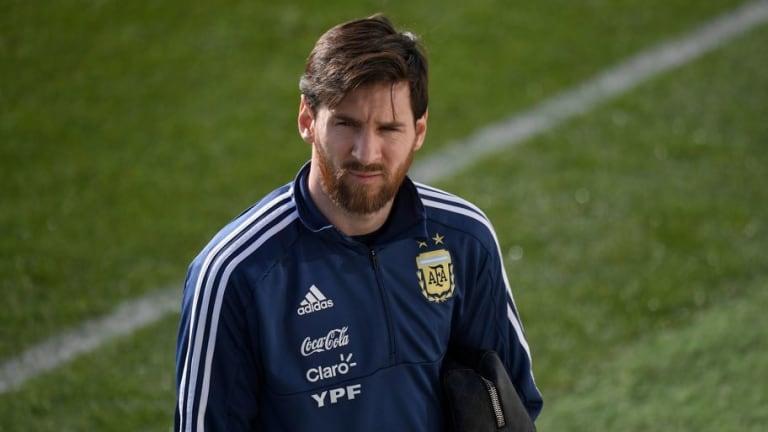 Messi vuelve a sentir molestias y hace saltar las alarmas