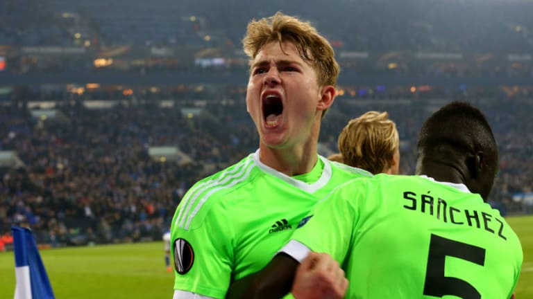 Tottenham See Former Ajax Teammate as Key to Luring Matthijs de Ligt to North London