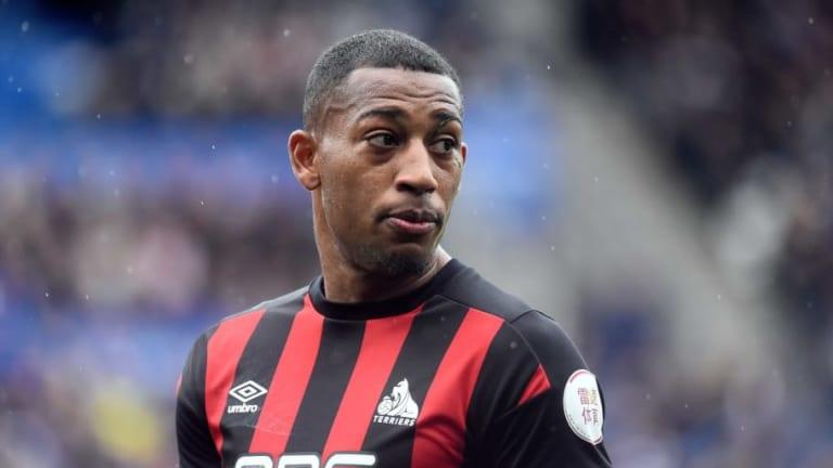 Middlesbrough Confirm Loan Deal for Huddersfield Winger Rajiv van La Parra to Boost Promotion Push