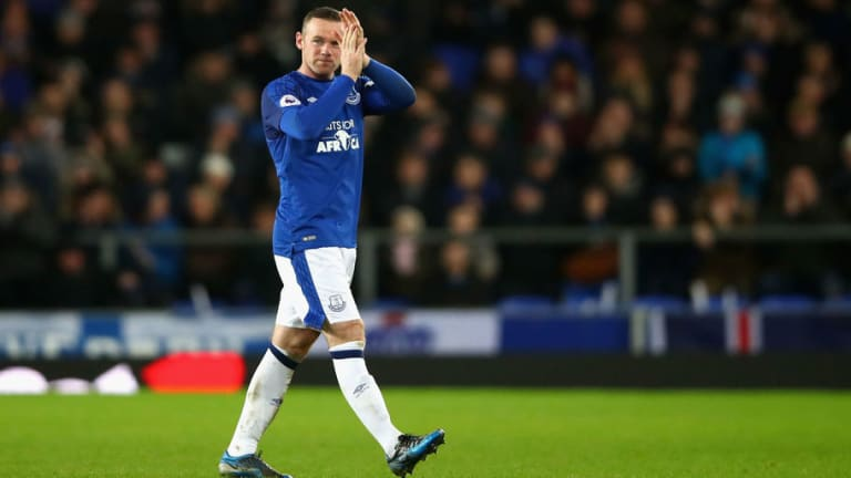 Video Shows Manchester United Fans Chanting Wayne Rooney's Name During Everton Win