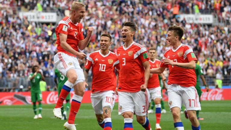 Russia 5-0 Saudi Arabia: Aleksandr Golovin Stars as Hosts Kick Start World Cup Campaign in Style